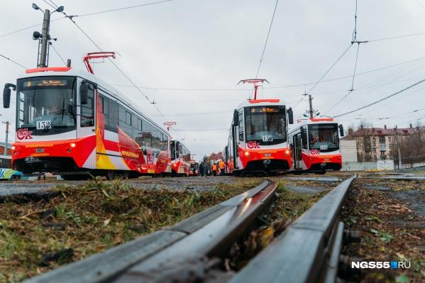 12 новеньких трамваев готовятся выйти в свой первый рейс