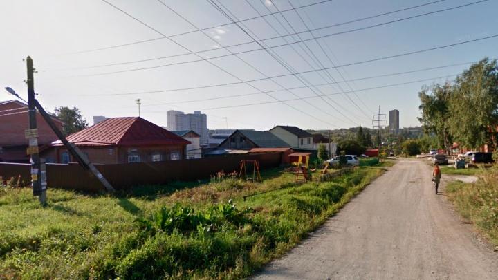Энергетики добились устранения 43 нарушений в охранных зонах ЛЭП