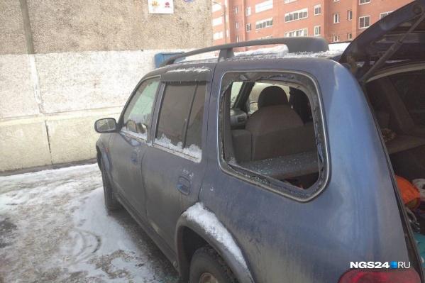 Теперь владельцам придется потратить несколько тысяч рублей на восстановление авто