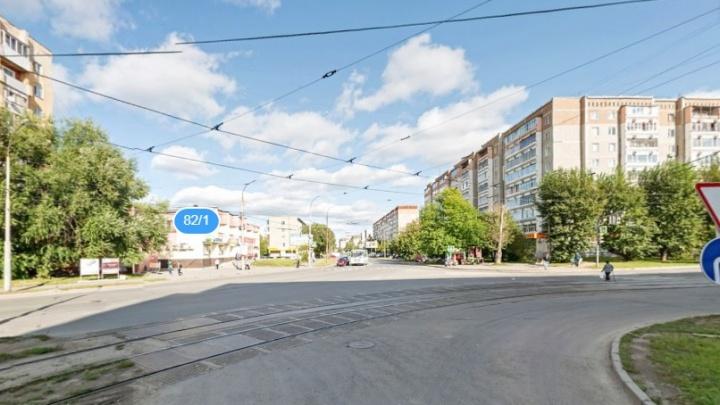 Перекресток Фрезеровщиков и Старых Большевиков закроют для всех видов транспорта