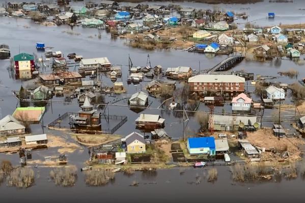 В Архангельской области вода в затопленных деревнях спадает, а в НАО, наоборот, поднялась