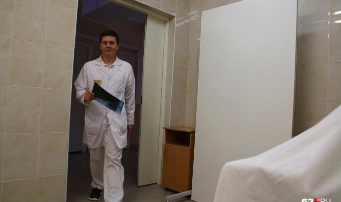 «Дети стали чаще падать со вторых этажей коттеджей»: врач — о летних травмах дошкольников