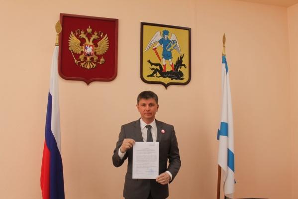 Далее у кандидатов —сбор подписей муниципальных депутатов
