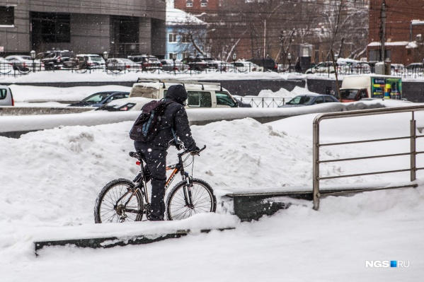 В каждый из трёх зимних месяцев выпадало до 2-3 норм месячных осадков