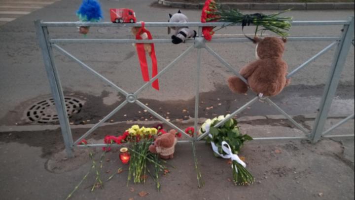 Водитель сбившей насмерть мальчика в центре Архангельска пожарной машины предстанет перед судом