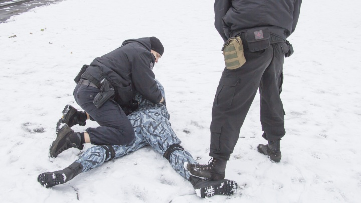 Полиция задержала подозреваемого в убийстве трех женщин в Архангельске