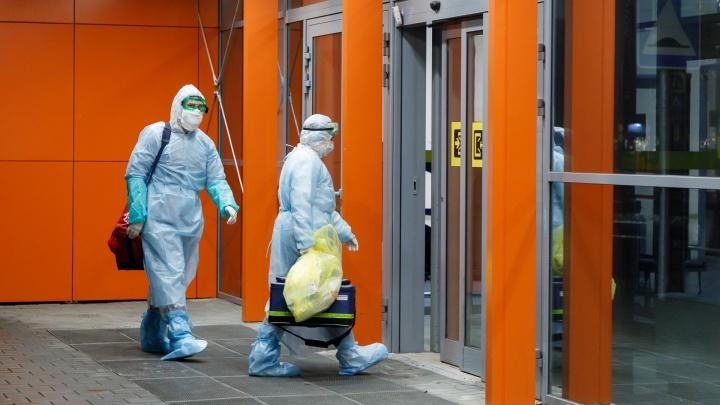 Всех, кто летел из Дубая и Москвы: попутчики зараженной коронавирусом волгоградки ушли на карантин