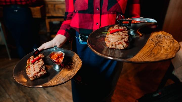 Рестораны на удалёнке: где в Ярославле заказать еду домой недорого