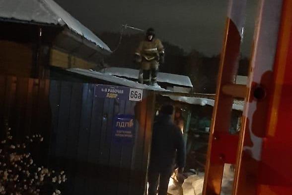 Мужчина погиб при пожаре в частном доме Новосибирска