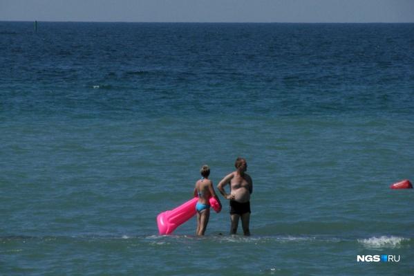 Мечта отправиться на море этим летом для многих рискует так и остаться мечтой