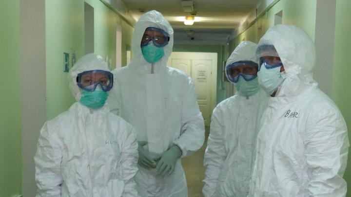 «Мы умоляем, начните носить маски!» Медики Карпогор обратились к жителям Архангельской области