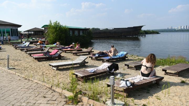 Вплоть до обморока: восемь екатеринбуржцев пострадали от солнечных ударов