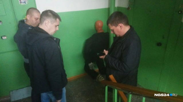 Дело мужчины, жившего в квартире с трупами убитых им девушки и ее дочери, направлено в суд