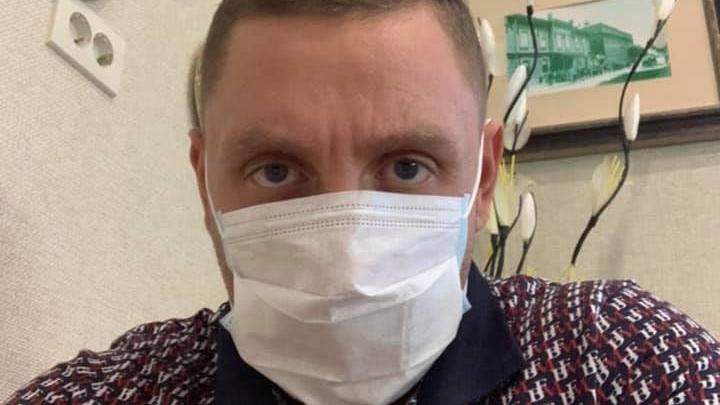 «Будьте аккуратны, берегите себя»: донской депутат получил положительный тест на COVID-19