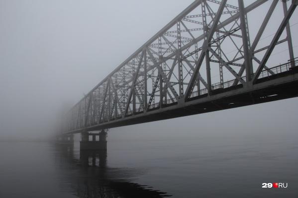 Мост будет закрыт и для пешеходов тоже