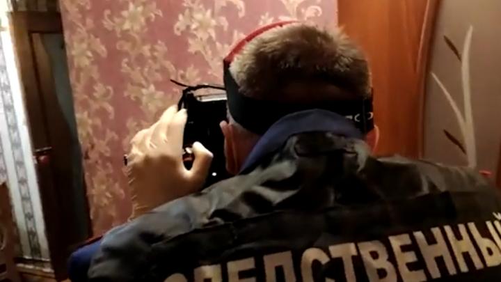 Появилось видео из квартиры в Рыбинске, где зарезали двух девочек
