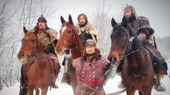 «Запасы еды на исходе»: пермяки просят помочь лошадям, снимавшимся в фильме «Сердце Пармы»