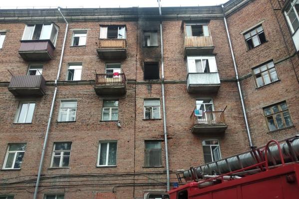 Открытое горение пожарные ликвидировали за полчаса