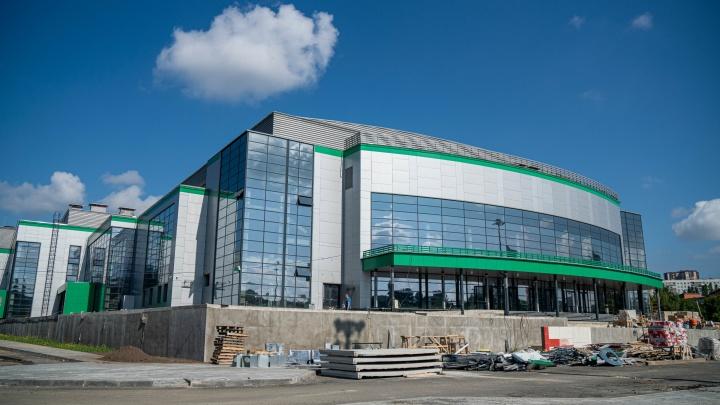 Как выглядит новый волейбольный центр в Новосибирске — 10 фото со стройки, которая близка к финалу