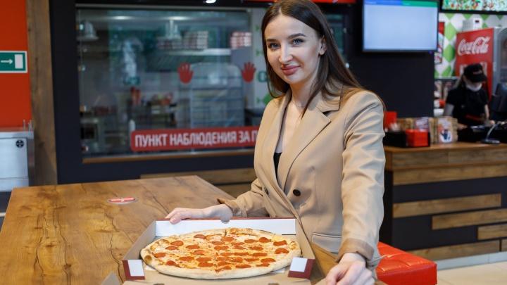 «Бизнес без юмора — путь в психбольницу»: как волгоградка выучилась на врача и открыла пиццерию