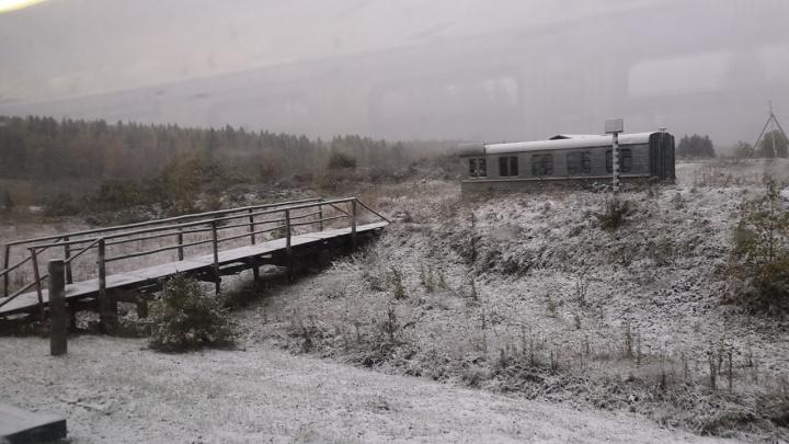 В Прикамье в сентябре выпал первый снег: пермяки делятся фото и видео