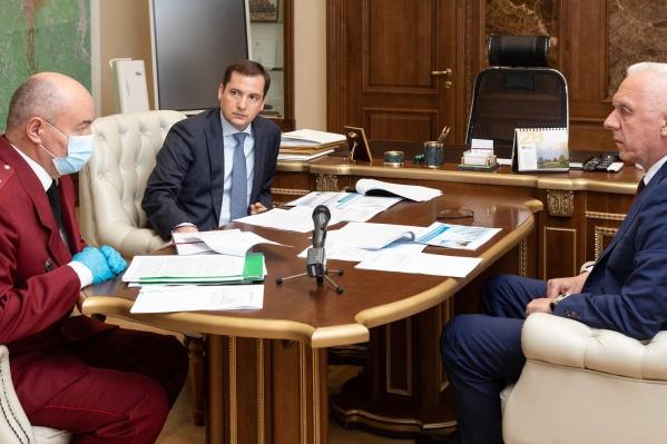 Полпред президента обсудил ситуацию с коронавирусом в Архангельской области
