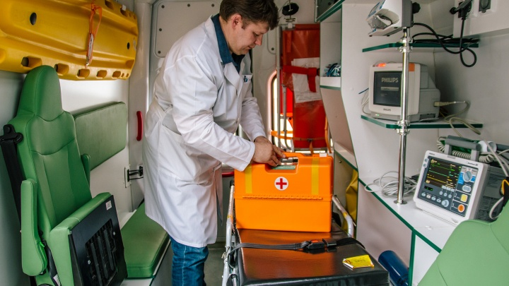 Минздрав Самарской области попросил еще 100 машин, чтобы ездить к ковид-пациентам