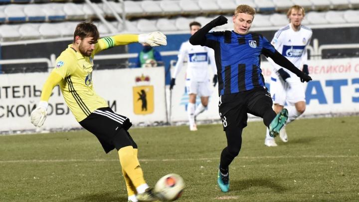 В Ярославле отменили футбольный матч «Шинник» — «Енисей» из-за коронавируса у игроков