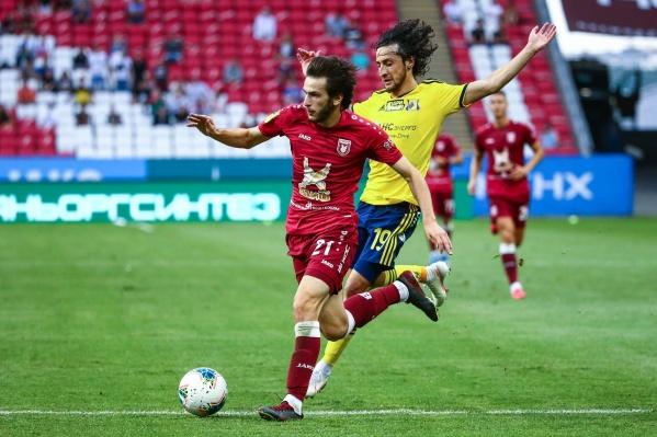 В первом тайме «Ростов» создал несколько хороших моментов, но реализовать их не смог