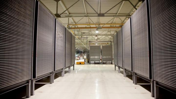 На заводе Lasselsberger в Уфе сотни работников отстранили от производства из-за вспышки COVID-19