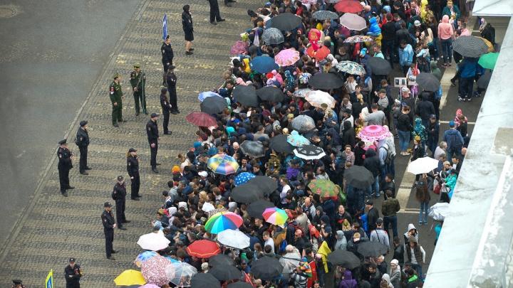 Парад Победы в Екатеринбурге пройдет под дождем: прогноз погоды на ближайшие дни