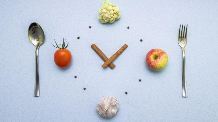 Сутки без еды — это полезно? 6 вопросов к интервальному голоданию