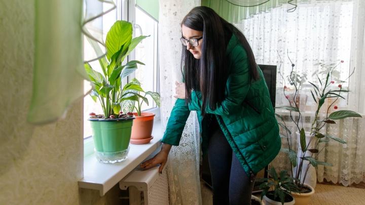 «Мы за это время замерзнем!»: в Волгограде многоквартирный дом пять дней живет без отопления