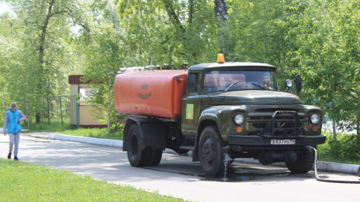 В правительстве заявили, что восстановят водоснабжение в Исилькуле до конца недели