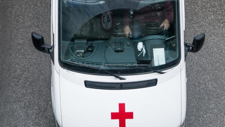 «Получат 5 367 рублей и только с мая»: водителям инфекционного госпиталя не достанется президентская выплата