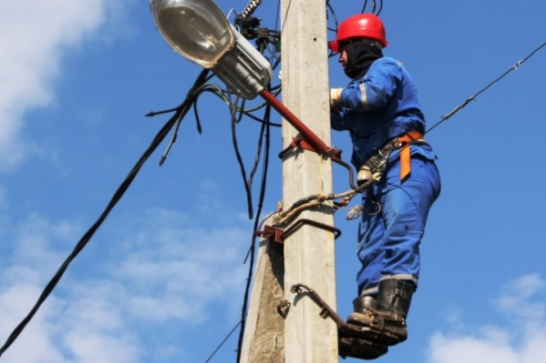 В Кургане десятки домов сегодня временно останутся без электричества