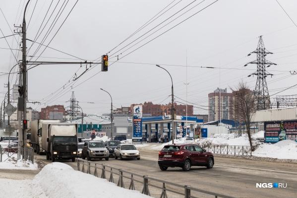 Пересечение улиц Владимировской и Саратовской