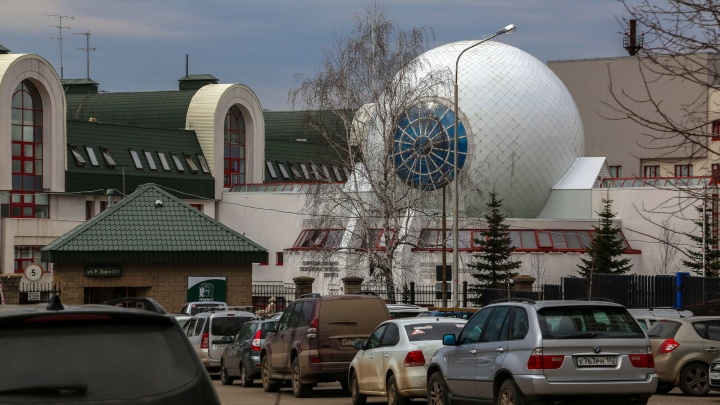 Центр глазной хирургии Мулдашева перепрофилировали в коронавирусный изолятор