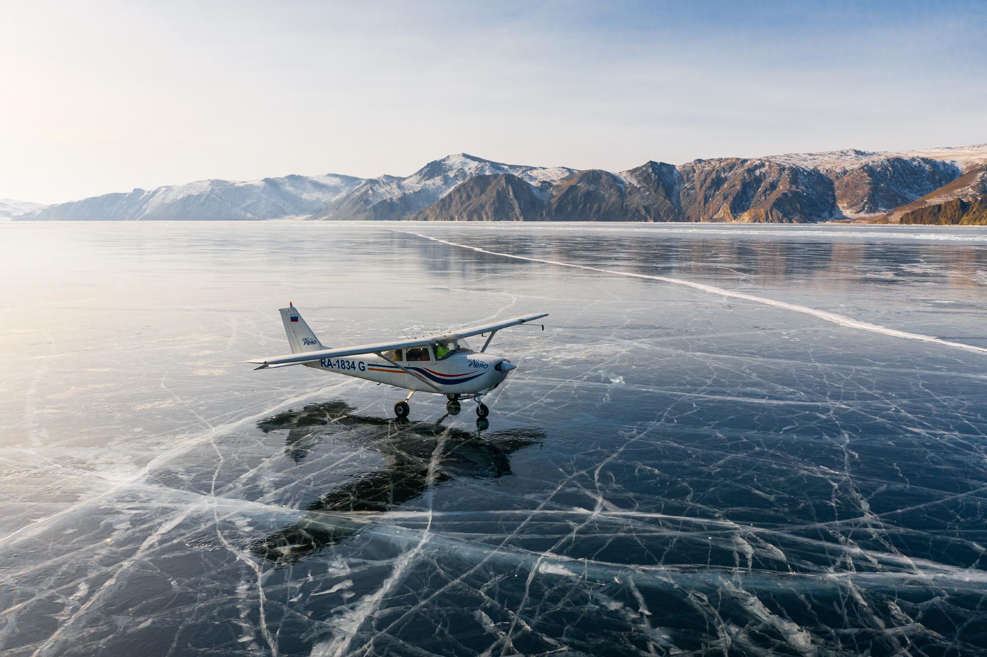 Вадим Махров каждый год водит экскурсии на озеро