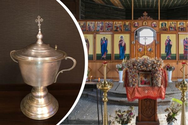 Старинная чаша предназначена для деревянной церкви в Барабаново
