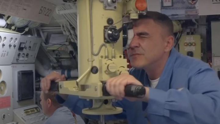 Минобороны показало на видео, что делала субмарина «Омск» рядом с Аляской