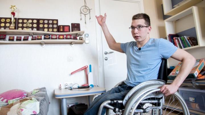 Затяжная проблема с жильём пловца-инвалида из Челябинска переросла в уголовное дело о халатности