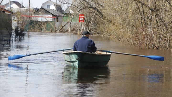 Жителям четырех районов Поморья, пострадавшим от весеннего паводка, выплатят 1,6 миллиона рублей