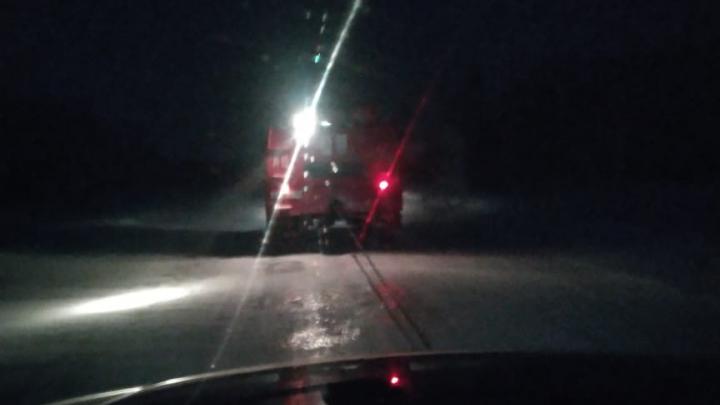 На трассе спасли семью с годовалым ребёнком, застрявшую в снежном заносе