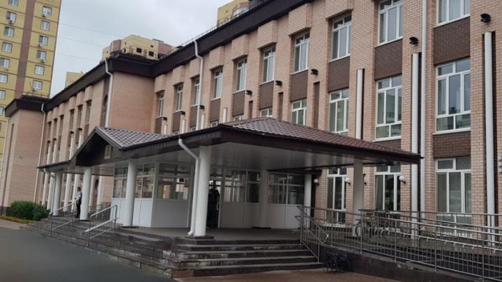 Тюменская школьница потеряла сознание из-за жары во время сдачи ЕГЭ