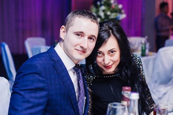 Анна и Владислав выглядели счастливой парой