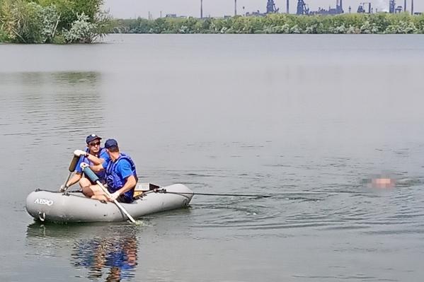 Тело мужчины в реке Урал спасатели искали два дня