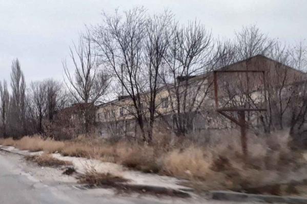 Здания завода построены почти 100 лет назад