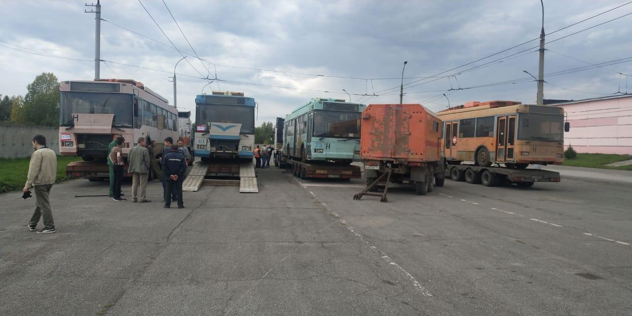 Первые четыре троллейбуса поступили в Ленинское троллейбусное депо
