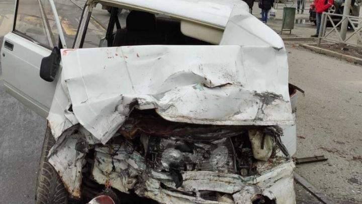 «Машины в хлам»: появилось видео последствий ДТП на Фрунзе — Некрасовской
